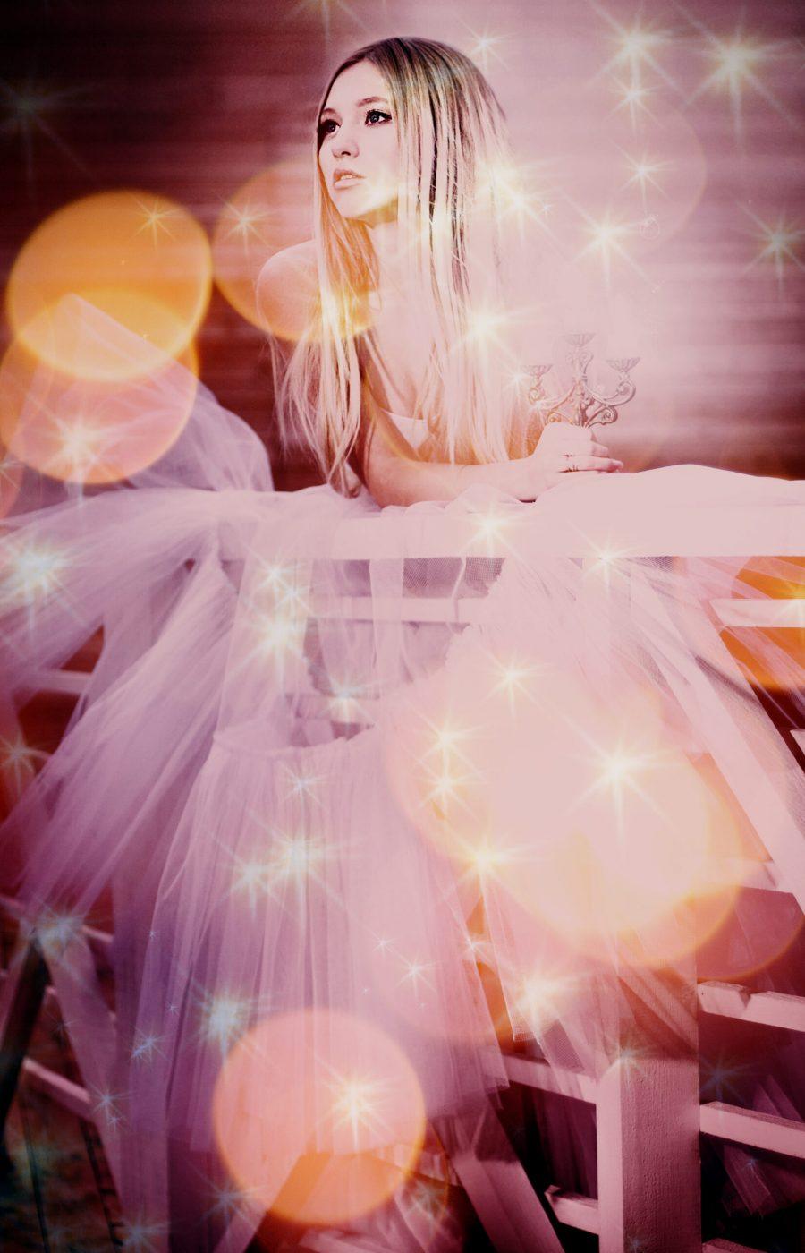 Fotolia_3833269_47611262_50850614_dream-girl